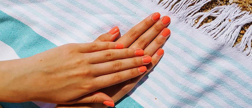 Zelf je nagels zomerklaar maken zonder een UV/LED-lamp!