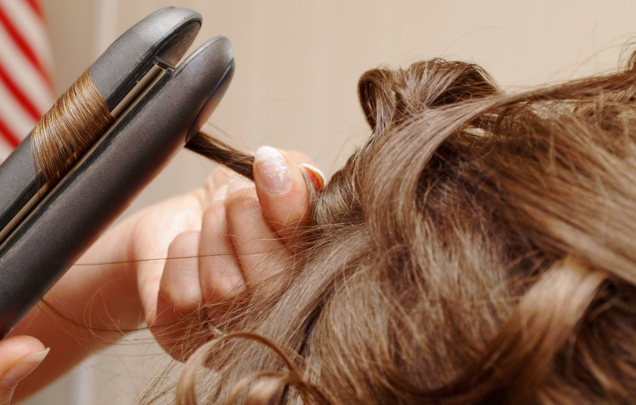 Welke soort hittebescherming moet ik kiezen voor mijn haar?