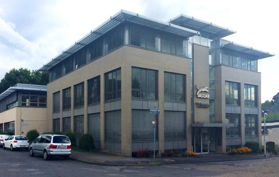 Een bezoek aan de kappersscharen-fabriek van Jaguar Solingen!