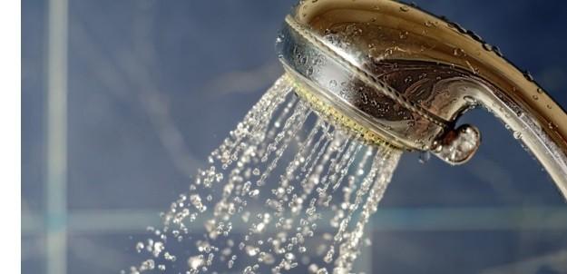 Douche met een lage temperatuur
