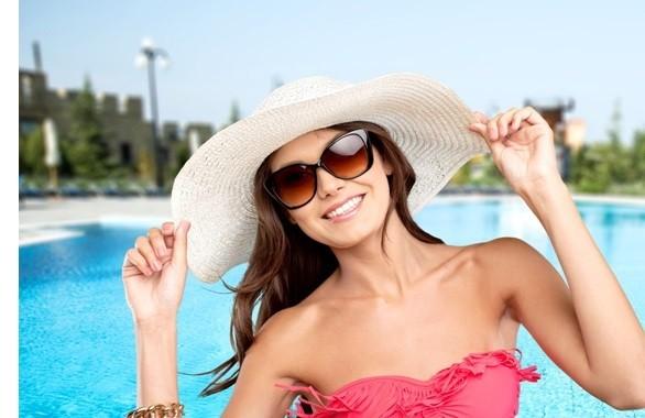 Bescherm je haar tegen de zon met een hoed!